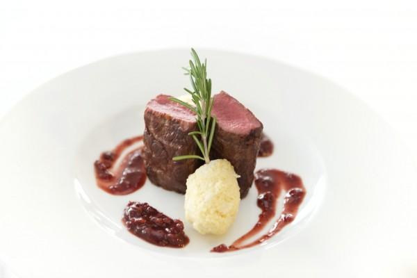 artistic-beef-cuisine-341048