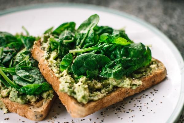 avocado-bread-breakfast-1351238