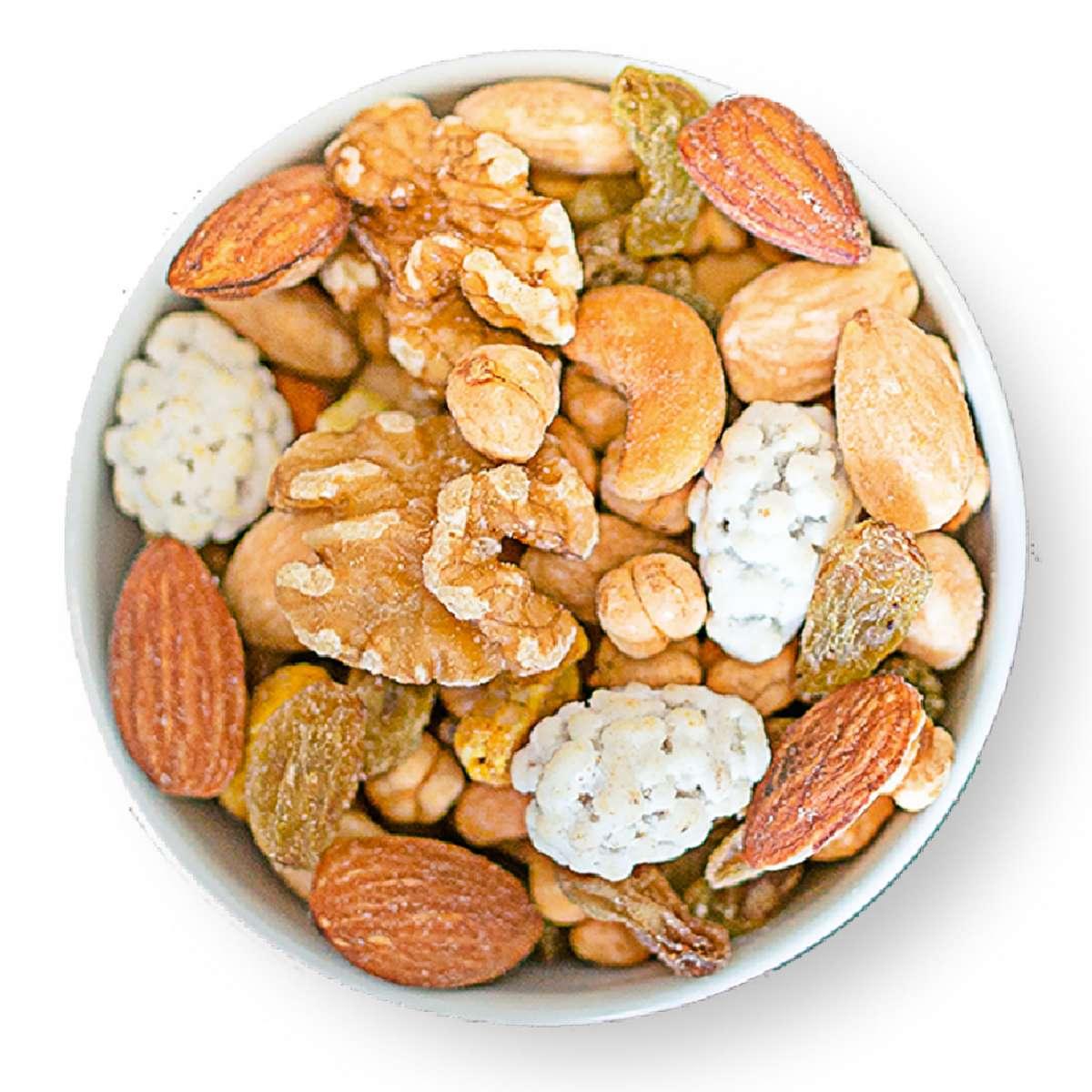 Studentenfutter nach persischer Art (gesalzen, geröstet)   Gesalzene Nüsse